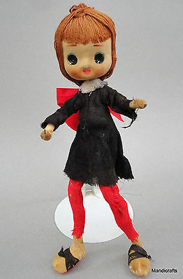 "Glamor Big Eye Girl Pose Doll 11"" Paper Mache Cloth String Hair Painted Eyes Vtg"