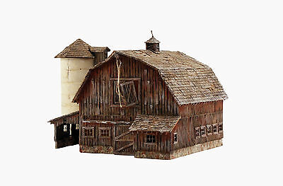 Woodland Scenics BR4932 N Old Weathered Barn N Structure  Built-&-Ready