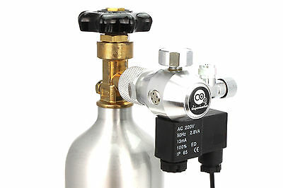 CO2 Regulator with Solenoid & Single Gauge for Horizontal Cylinder Valves