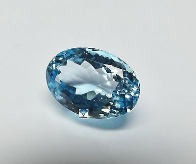 1x Topas -  Oval facettiert IF 14,69ct. 17,2x12x8,9mm (2491)