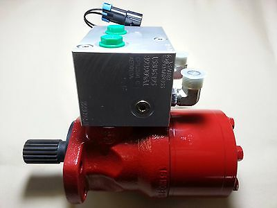 Case New Holland - Sauer Danfoss Hydraulic Motor W/ Valve P# 393903A1 & 393904A1