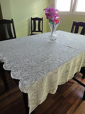 Lovely Floral Vintage Handmade Cotton Crochet Tablecloth