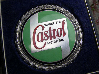 vintage CASTROL WAKEFIELD - Motorsport Award Badge early 1950´s - old script
