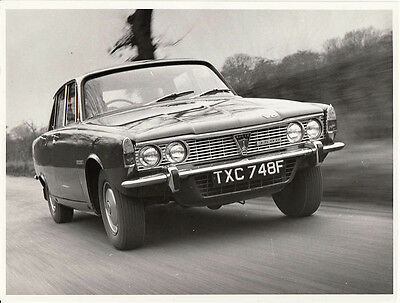 The New Rover 3500 V8 (P6 Series One) Period Photograph.