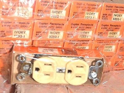 10 LOT PASS & SEYMOUR NEW 2 Pole 3 Wire 5252-I IVORY 15A 125V Duplex RECEPTACLE