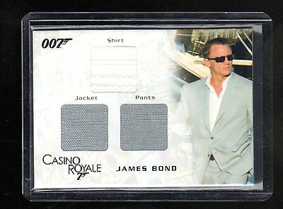 James Bond in Motion TC08 costume card147/1300