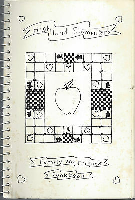 * Apple Valley Mn 1992 Highland Elementary School Cook Book * Family & Friends