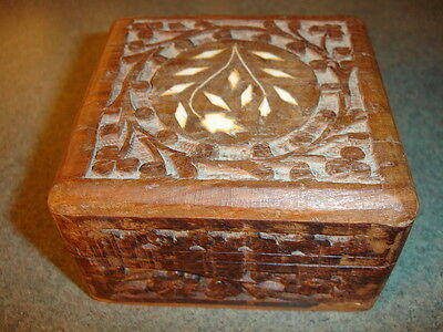 Old Vtg Antique Wood Box With Hand Carved Flower Plants Design Made In India