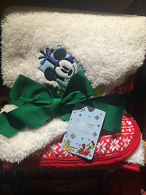 "DISNEY Store MICKEY MOUSE Share The Magic HOLIDAY THROW BLANKET (50"" x 60"") NWT"