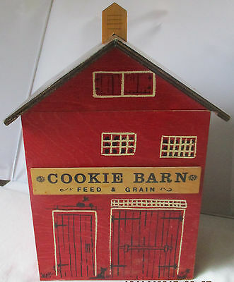 Rare Fisher Hill Studio Rosalind Welcher Wood Barn Cookie Jar