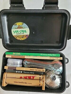 """High Roller"" Smoking Kit- Grinder, Zig Zag Rolling Machine & Papers + Doob Tube"