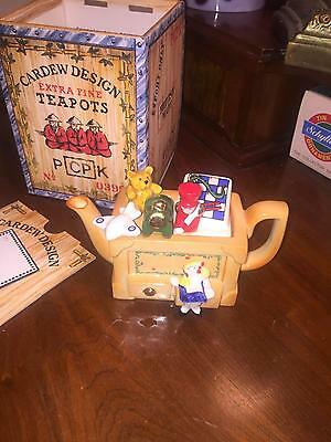 New In Box 1993 Cardew Extra Fine Teapot Toy Box