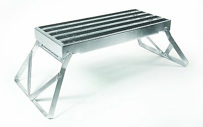 """Camco 43675 Folding Step Extra-wide 8"""" x 19"""" platform with angled legs BRAND NEW"""