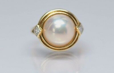 ESTATE 18k Yellow Gold Mabe Pearl Dome Ring With Diamonds Size 6.5