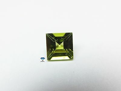 1x Peridot - Carree facettiert  VS 9x9mm (1699)