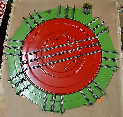 Lionel Standard Gauge  200 Turntable in Excellent Plus Condition