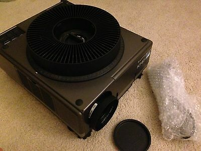 Hasselblad PCP80 Slide Projector with 150mm f3.5 Zeiss Lens Magazine Tray PCP 80