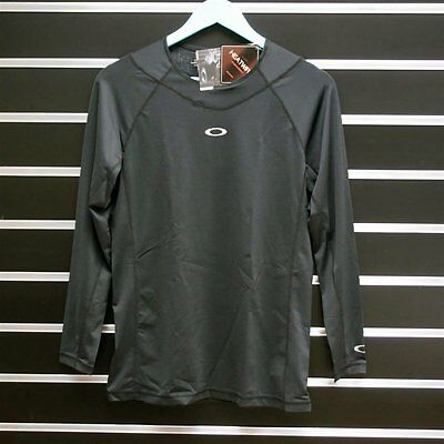 Oakley Technicaru under Crew Long Sleeve Base Layer Jet Black Large