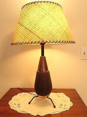 Mid Century Modern Atomic Table Lamp With A Fiberglass And A Glass Shade