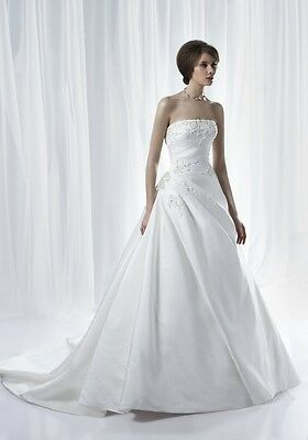 Benjamin Roberts 2282 Wedding Dress UK14 Ivory Satin