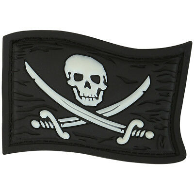 Maxpedition Jolly Roger 3D Pvc Rubber Badge Pirate Flag Morale Patch Glow