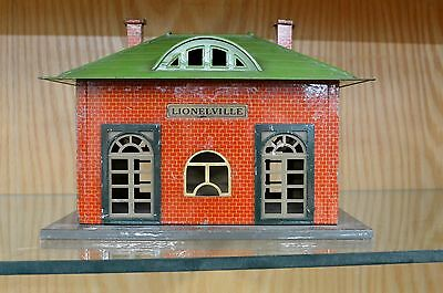 Lionel 126 Tin Litho Station in C6 to C7- Condition