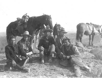 Custer's Indian Crow scouts on investigate tour Battlefield of Little Big Horn
