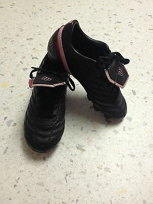 Wilson Soccer Shoes Girls Youth Size 1 - Black and Pink, Cleated