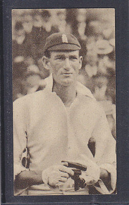 Hill - Famous Cricketers 1923 - # 28 G Brown - Hampshire