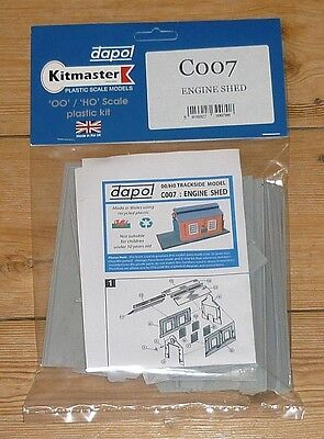 Dapol OO scale Engine Shed plastic kit