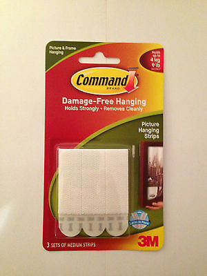 COMMAND 17201 Medium Picture/Poster/Canvas Hanging Strips Pk3 Holds up to 4kg