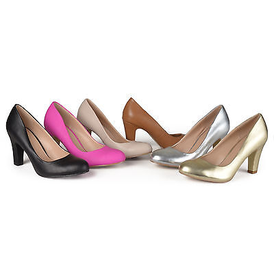 Brinley Co Womens Chunky Heel Matte Finish Pumps New