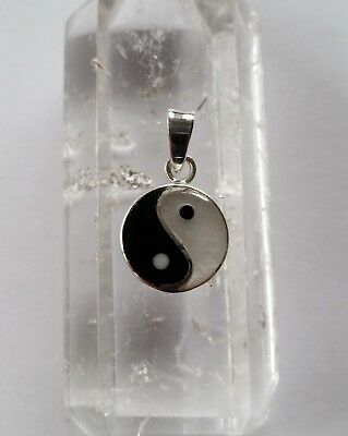 082 Onyx & Pearl Yin Yang pendant solid 925 sterling silver 11mm rrp$29.95