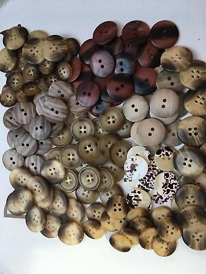 Aran And Football Buttons /Toggles Star Buttons Sold In 10S All Sizes Free Pp