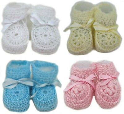 Crochet Booties Ribbon Baby Newborn Pink White Blue Unisex Size 0-3 Months Crib