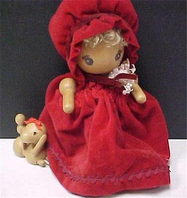 La Boile 'a Musique with Dog-Vintage-Wooden Doll with Music Box      -14587C