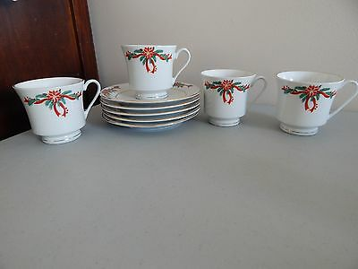 4 Tienshan Fairfield Christmas Pattern  Cups and Saucers