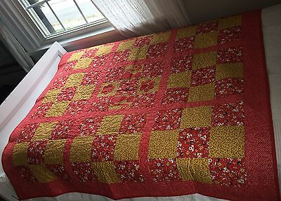 "Quilt (Patchwork) Throw / Crib Blanket  Red and Yellow - Kittens   50""x50"""