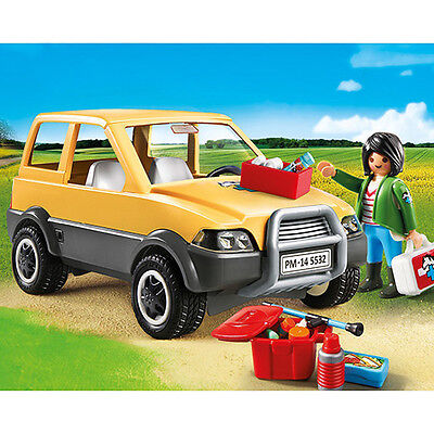 New Playmobil - City Life Vet with Car 5532