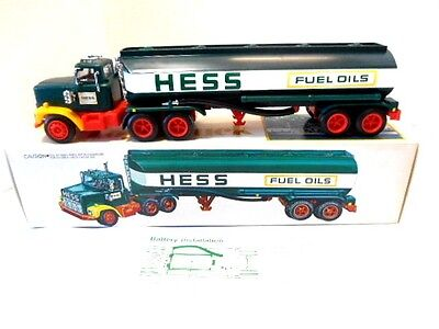 1977  Hess Toy Truck  -  Red Switch  -  With Box &  Battery Card