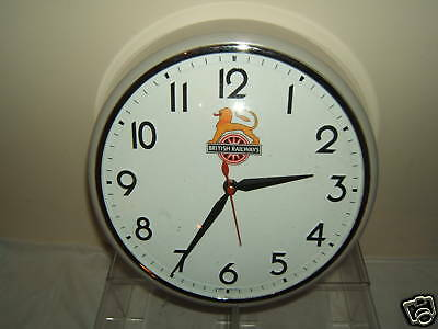 """Vintage B.r.1960' Battery Operated Wall Clock"""""""