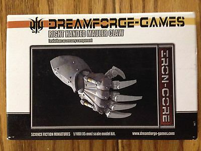 DreamForge: Mauler Claw Leviathan Right Handed- 15mm Leviathan Accessory Weapon