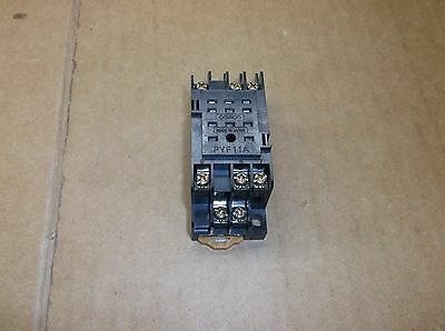 PYF11A Omron NEW 3PDT 11-Pin DIN MY3 Type Rail Relay Socket