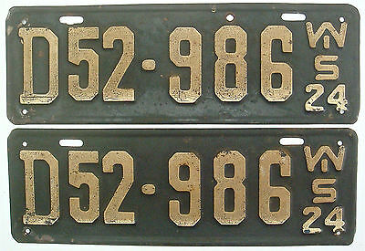 Wisconsin 1924 Pair License Plate Garage Vintage 1920s Old Car Auto Long Tags