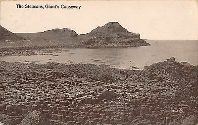 Northern Ireland Postcard Giants Causeway The Steucans RPPC F0 058