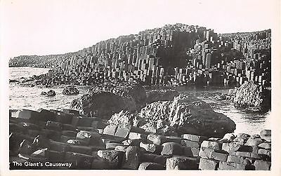 Northern Ireland Postcard Giants Causeway  E0 018