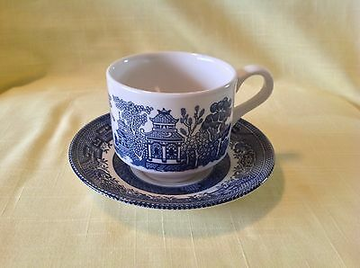 10 pc Willow Blue China Cup Saucer Coffee / Tea Churchill England Porcelain NICE