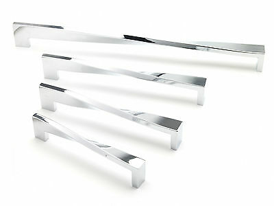 Chrome Twist Kitchen/Bedroom Furniture Handle (4 Sizes Available)