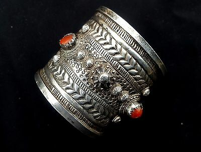 Morocco - Sterling silver and coral Bracelet / Berber Cuff