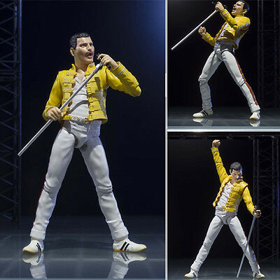 FREDDIE MERCURY. QUEEN. Action figure. S.H. Figuarts. BANDAI
